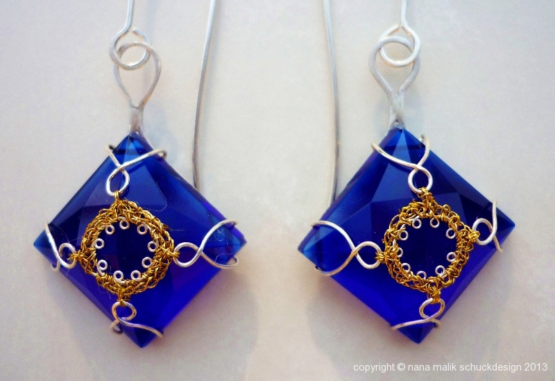 ohrring-orient-blau-goldfaden
