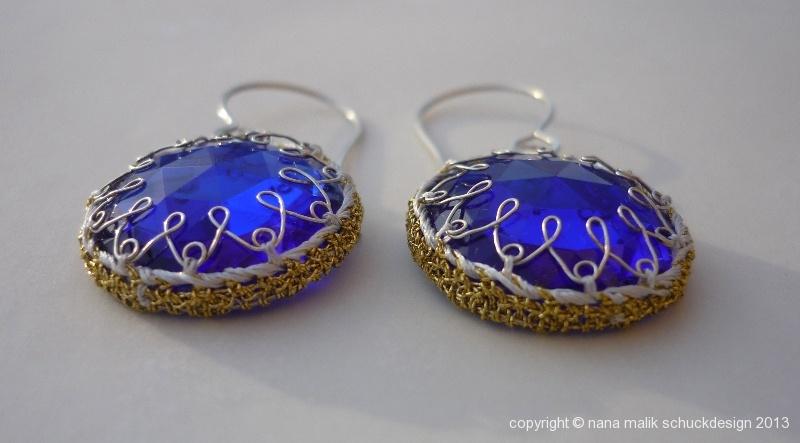 ohrring-orient-blau-rund-glas-goldfaden-b