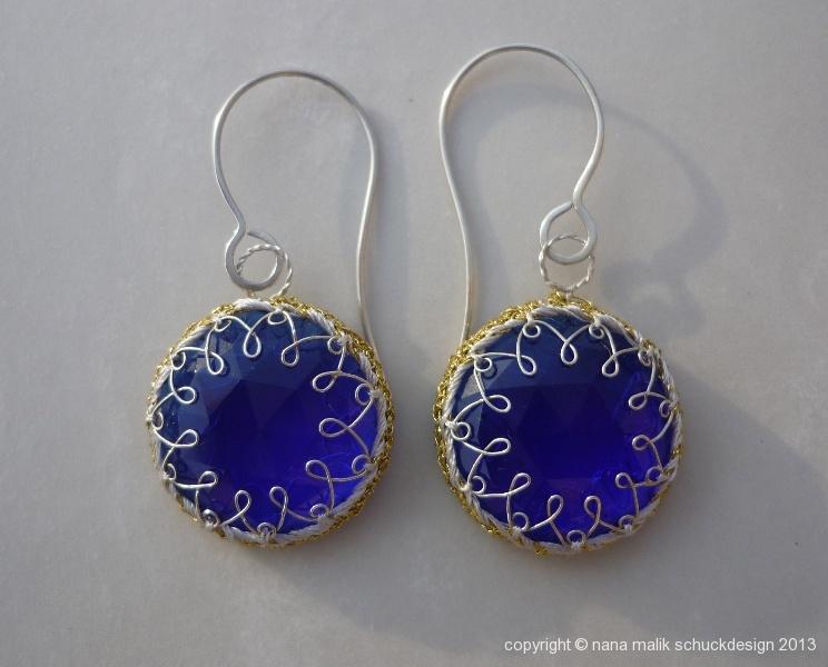 ohrring-orient-blau-rund-glas-goldfaden